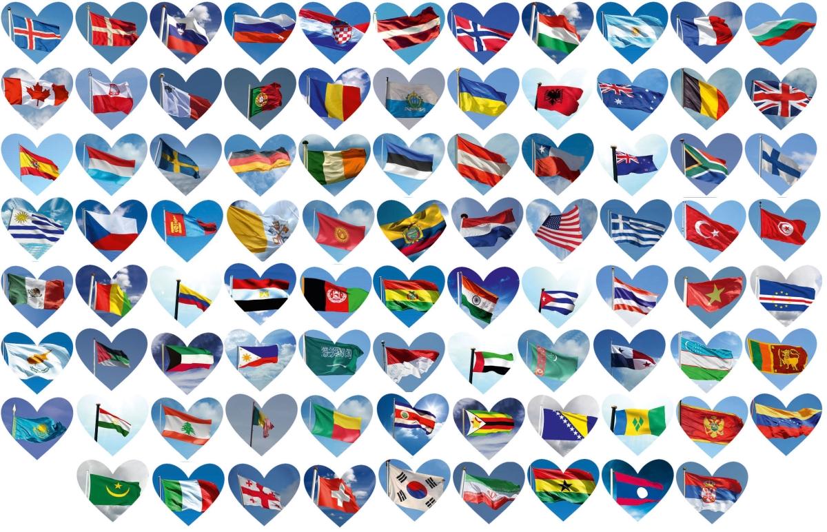 Apkabinkime Žemę - Lietuvą pripažinusių šalių vėliavos